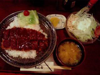 100826kc_とん吉・黒豚かつめし定食.jpg