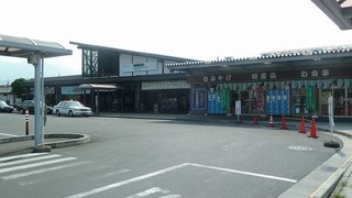 110725d_028_西武秩父駅.jpg